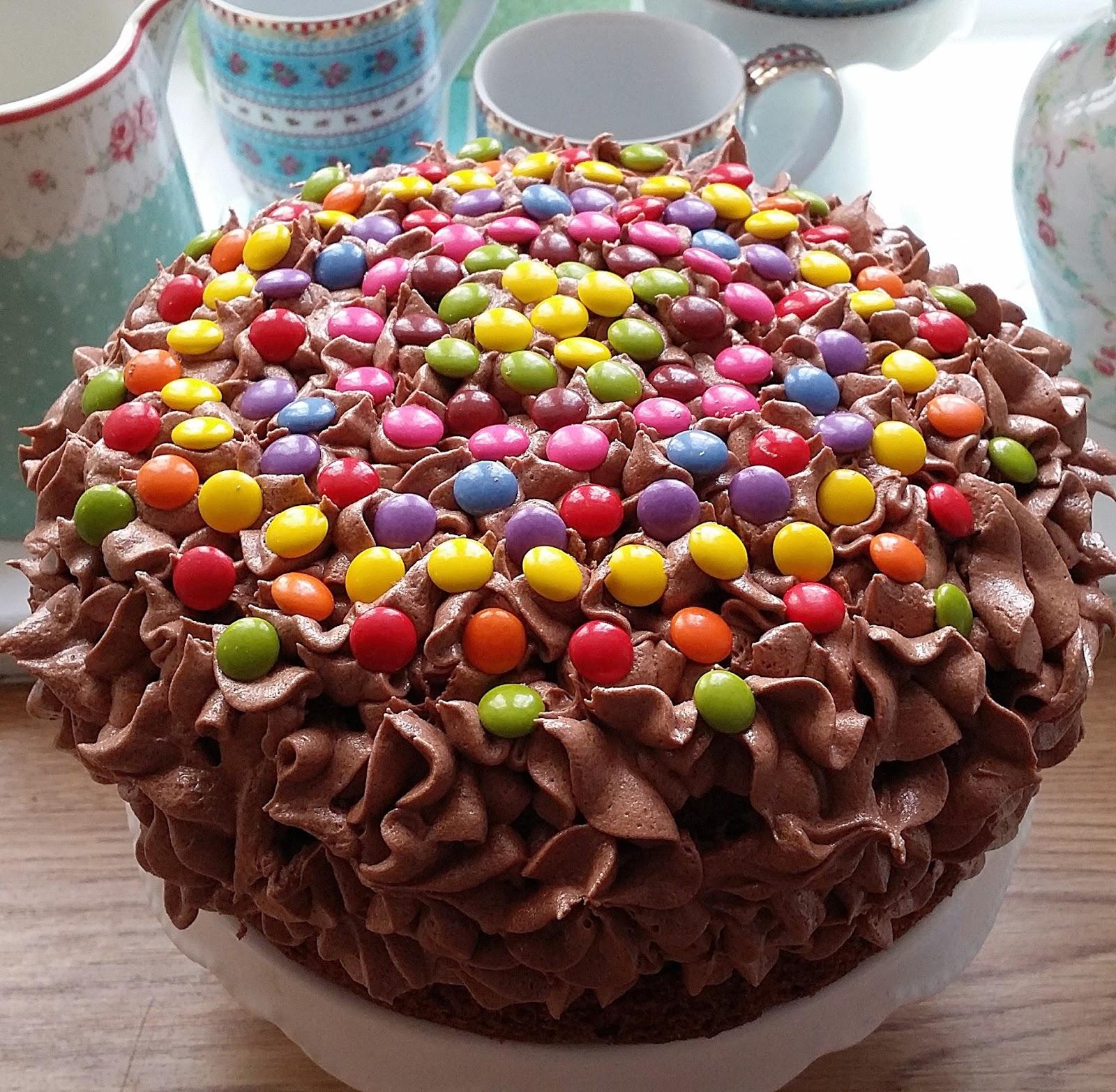Barnevennlig Sjokoladekake Med Sjokoladekrem Med O Boy