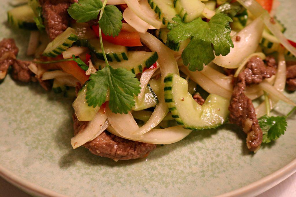 Thai biff salat